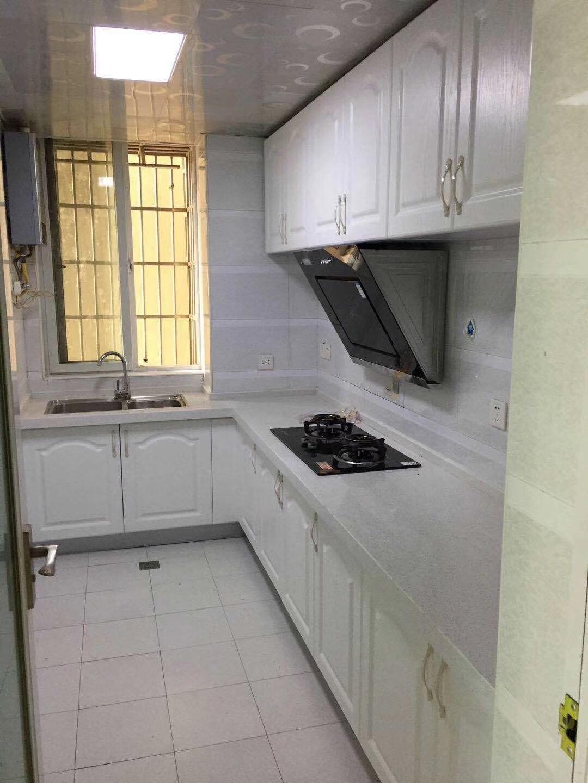 长沙94平米现代简约风格厨房装修效果图