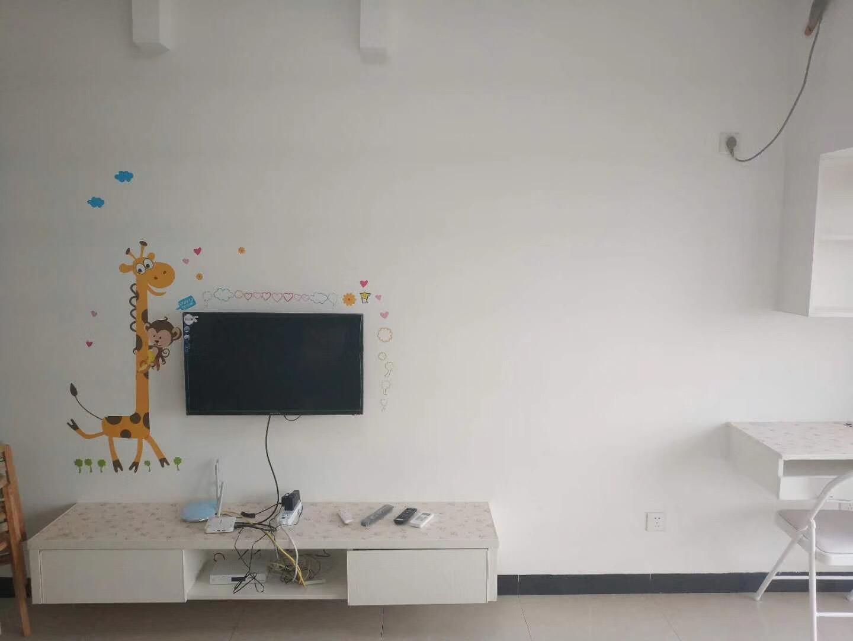常德南金城80平米现代简约风格客厅电视背景墙