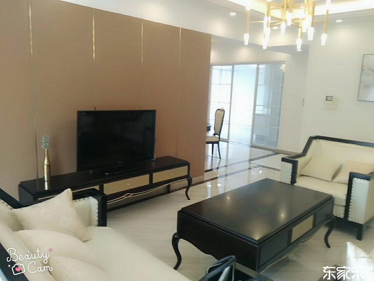 115平米现代简约风格客厅全景展示图