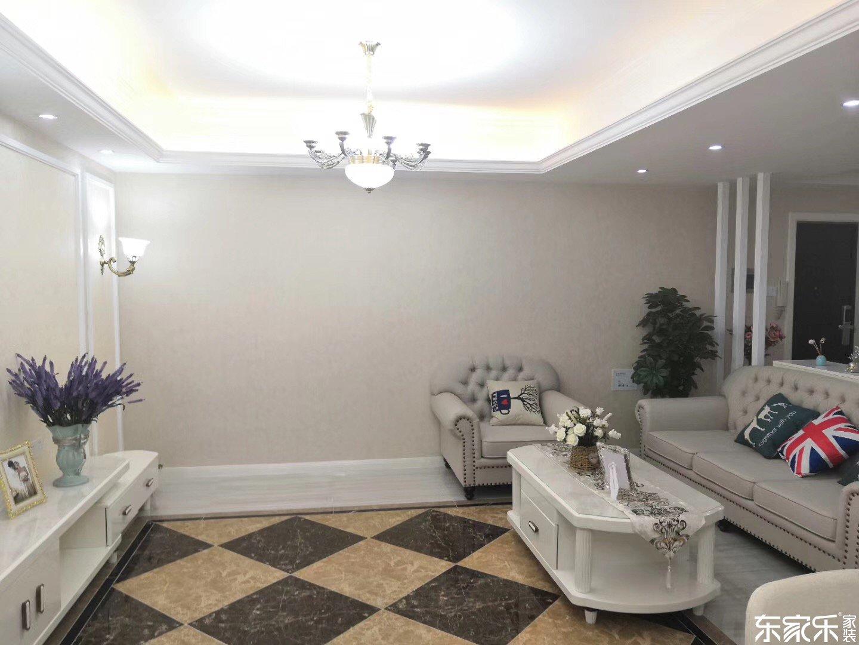 105平米欧式风格客厅背景墙展示