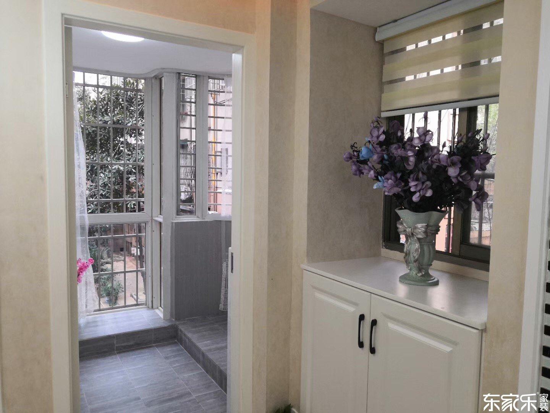 105平米欧式风格客厅玄关设计图