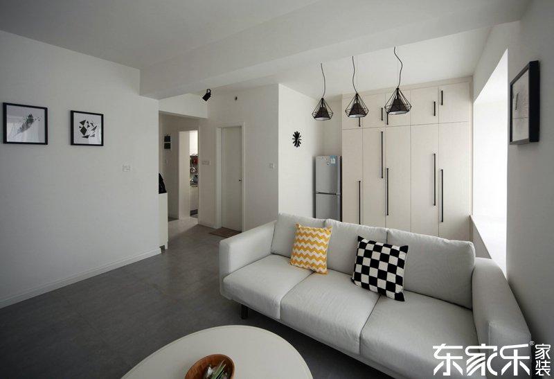 衡阳90平现代简约风格客厅全景图